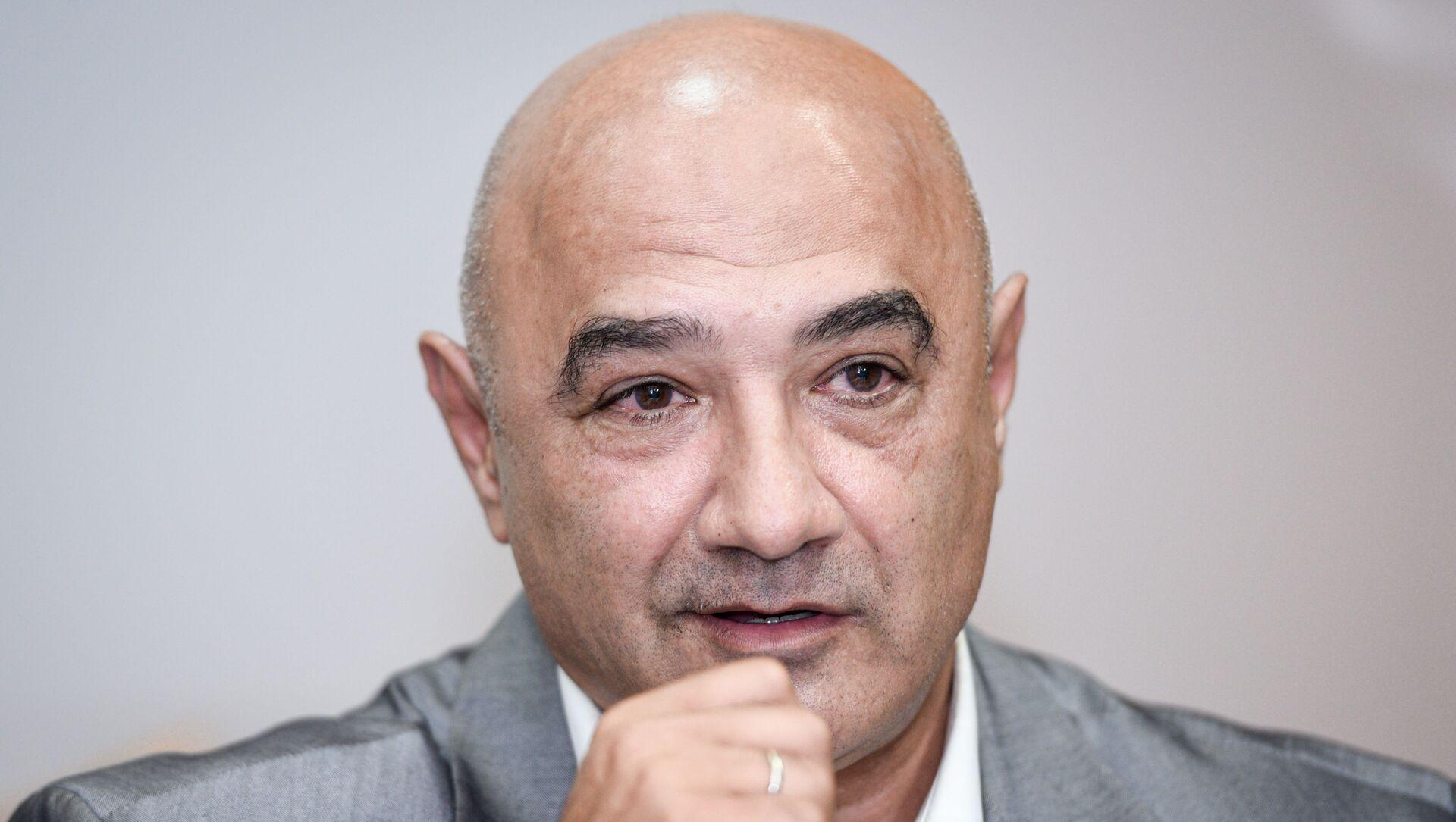 Политолог Тофик Аббасов - Sputnik Азербайджан, 1920, 07.09.2021