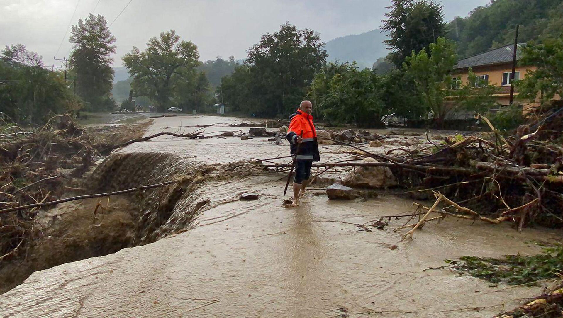 Наводнение в городе Кастамону, Турция - Sputnik Azərbaycan, 1920, 15.08.2021