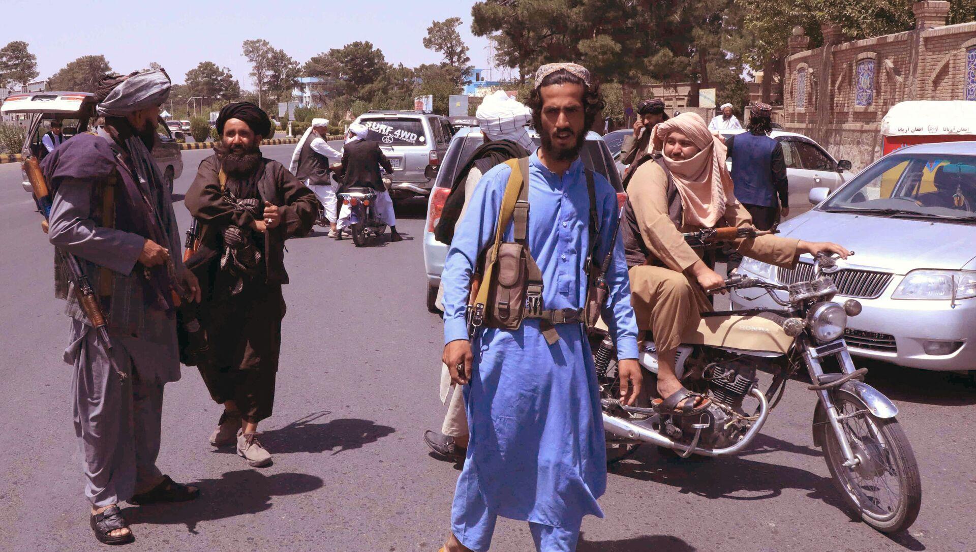 Боевики движения Талибан в Афганистане, фото аз архива - Sputnik Azərbaycan, 1920, 15.08.2021