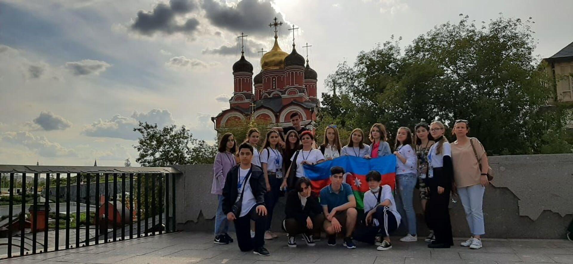 Участники программы программы Здравствуй, Россия! - Sputnik Азербайджан, 1920, 01.10.2021