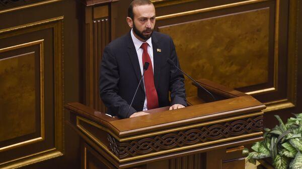 Ermənistan XİN başçısı Ararat Mirzoyan - Sputnik Azərbaycan