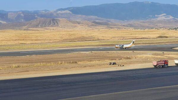 В Международном аэропорту в Физули проверяется готовность радиотехнических средств - Sputnik Azərbaycan