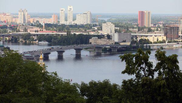 Вид на Гаванский мост в Киеве. - Sputnik Азербайджан