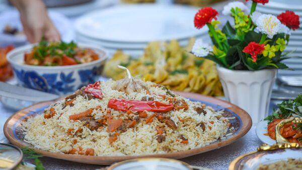 Неделя узбекской кухни в Азербайджане - Sputnik Азербайджан