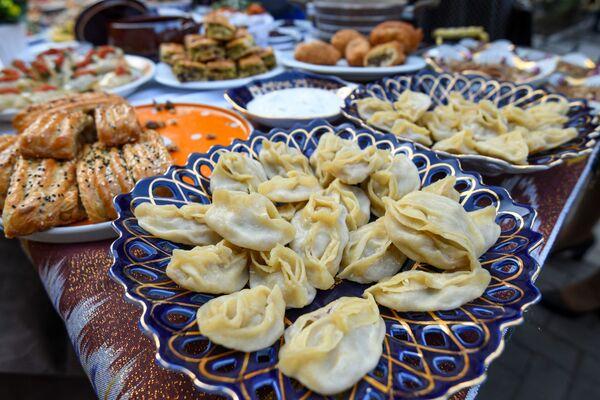 Гастрономический праздник - Неделя узбекской кухни в Азербайджане. - Sputnik Азербайджан