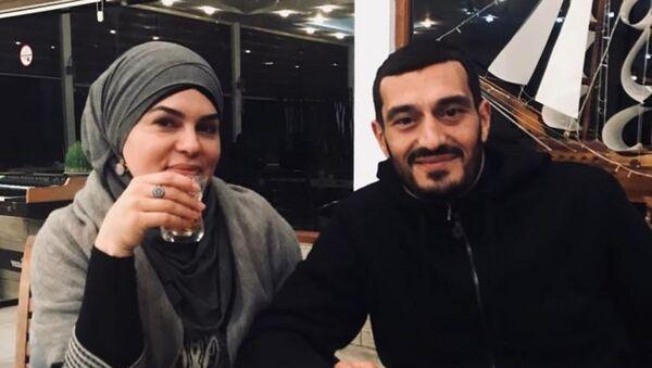Эльнур Мовланов и Фаргана Гасымова - Sputnik Azərbaycan