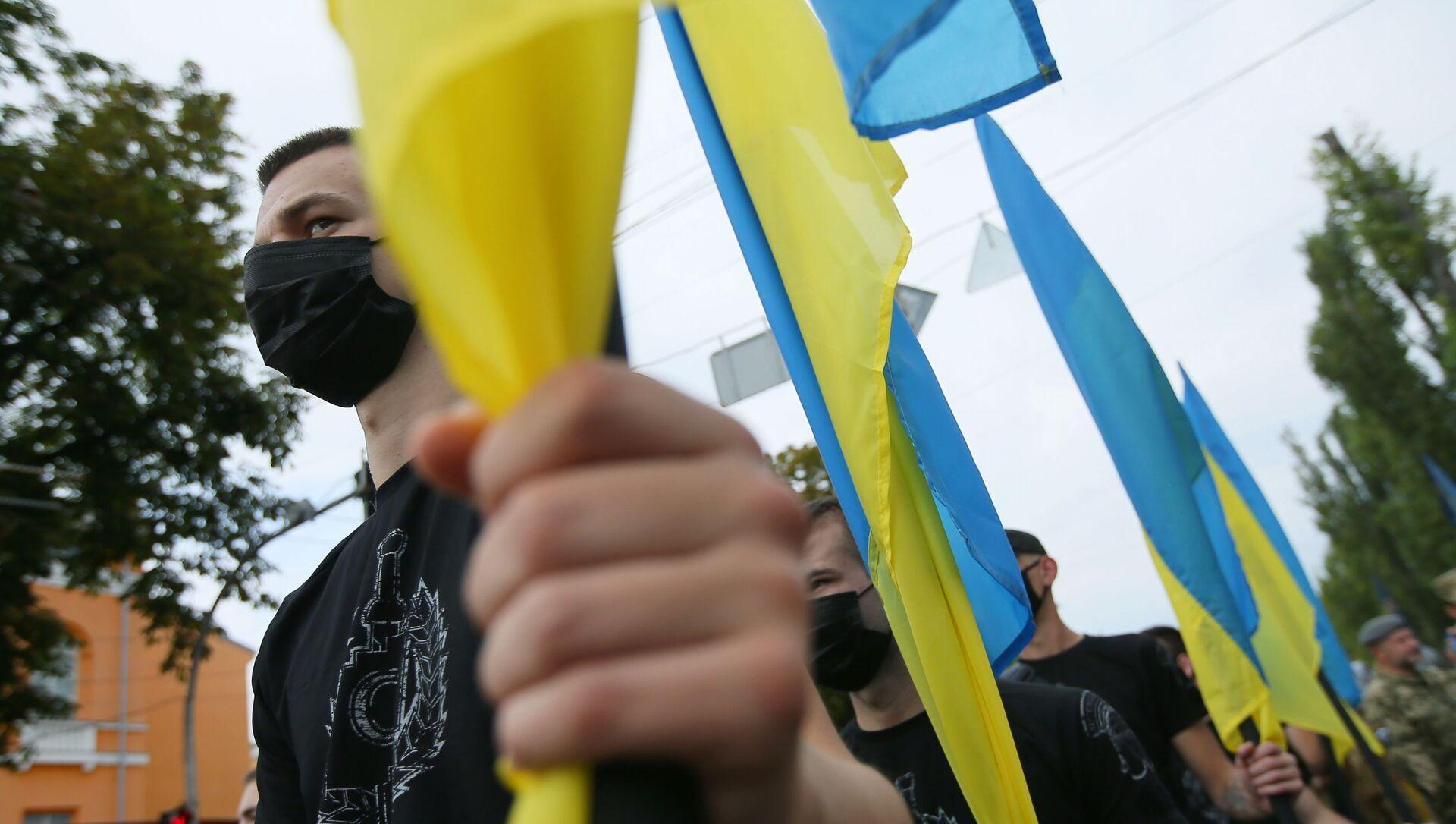 Марш защитников в Киеве - Sputnik Azərbaycan, 1920, 25.08.2021