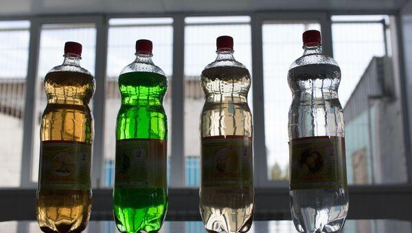 Бутылки с газированной водой - Sputnik Azərbaycan
