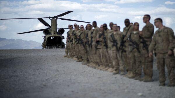 Американские военнослужащие в авиабазе Баграм, Афганистан, фото из архива - Sputnik Азербайджан