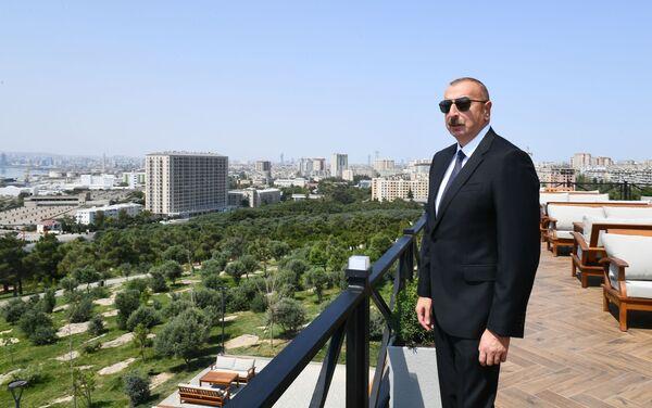 "Prezident İlham Əliyev Bakıda yeni yaradılan ""Gənclik"" parkının açılışında - Sputnik Азербайджан"