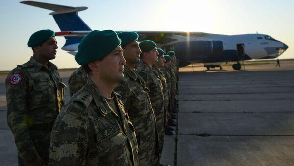 Азербайджанские миротворцы вернулись из Афганистана - Sputnik Азербайджан