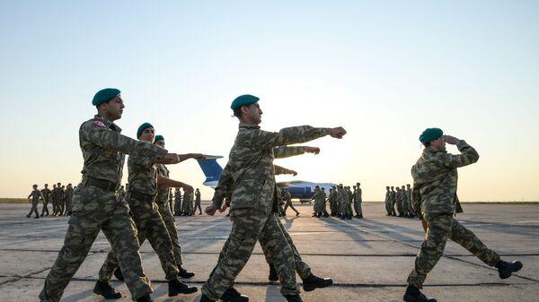Азербайджанские миротворцы, фото из архива - Sputnik Азербайджан