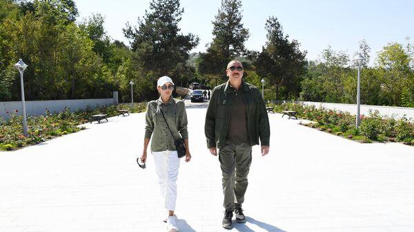 Президент Азербайджанской Республики Ильхам Алиев и первая леди Мехрибан Алиева - Sputnik Азербайджан
