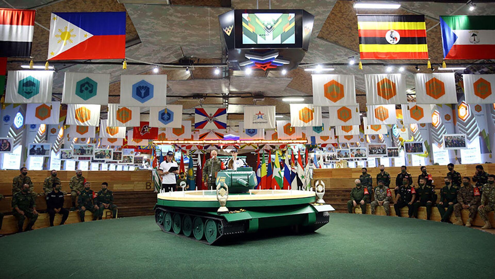 Жеребьевка команд-участниц полуфинала конкурса «Танковый биатлон» - Sputnik Азербайджан, 1920, 30.08.2021