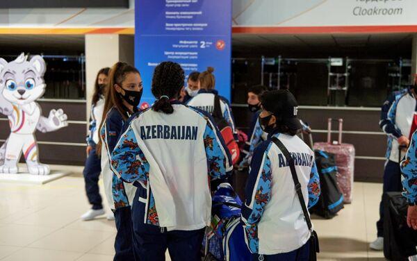 Ölkəmizi təmsil edəcək nümayəndə heyətinin ilk qrupu dünən gecə saatlarında Kazana çatıb - Sputnik Азербайджан