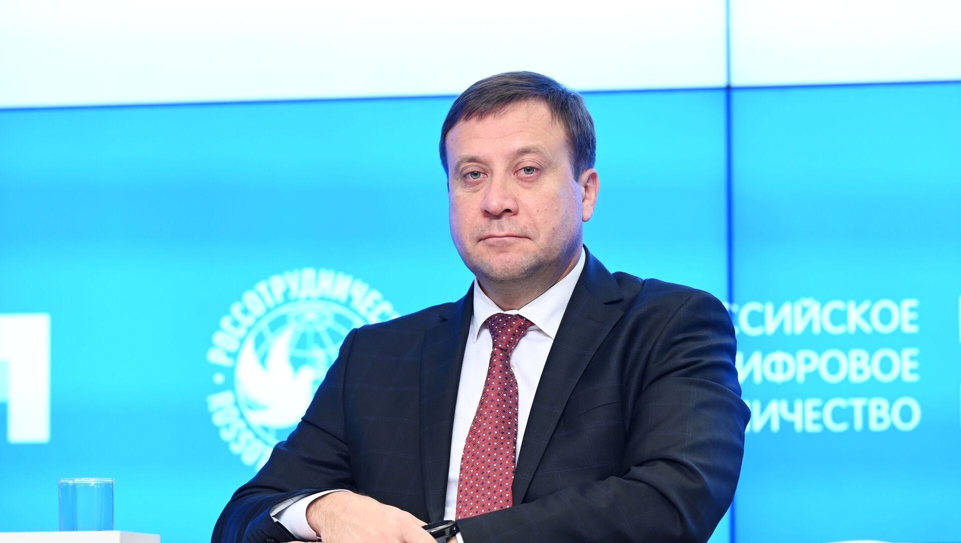 Rossotrudniçestvonun rəhbərinin müavini Pavel Şevtsov - Sputnik Азербайджан, 1920, 02.09.2021