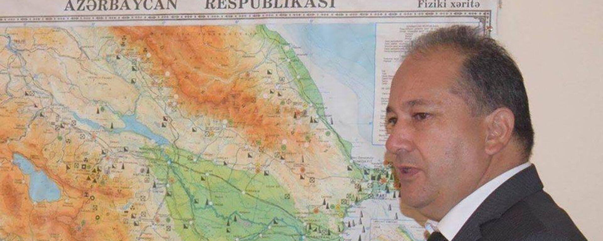 Kənd təsərrüfatı elmləri üzrə fəlsəfə doktoru Xosrov Musayev  - Sputnik Азербайджан, 1920, 02.09.2021