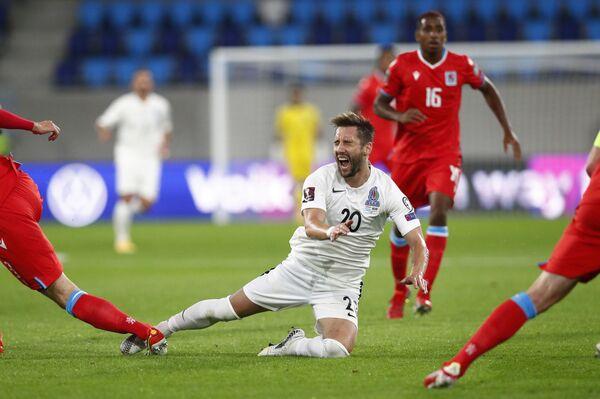 Игровой момент в матче Люксембург-Азербайджан. - Sputnik Азербайджан