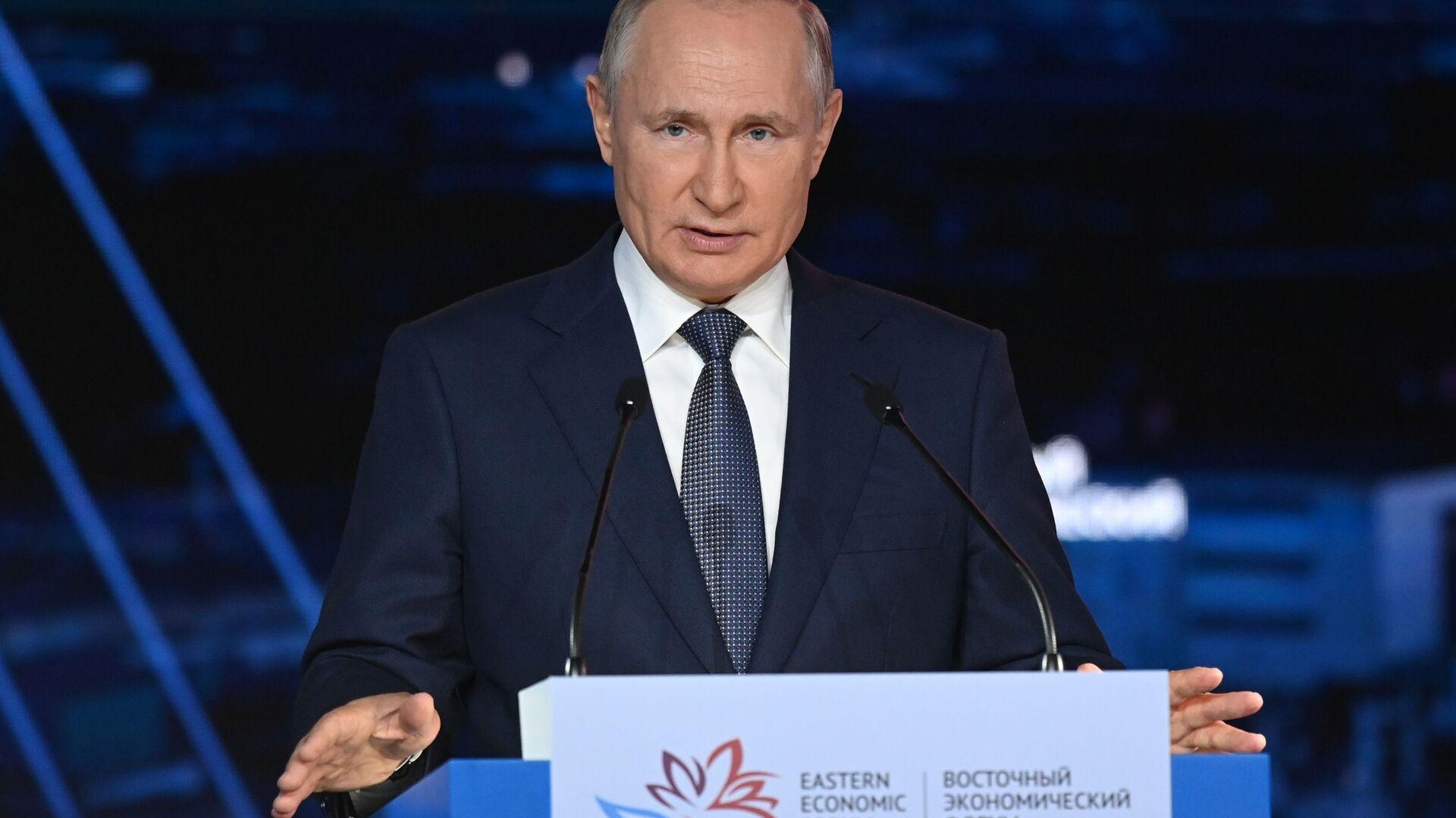Rusiya Prezidenti Vladimir Putin, 3 sentyabr 2021-ci il - Sputnik Azərbaycan, 1920, 20.09.2021