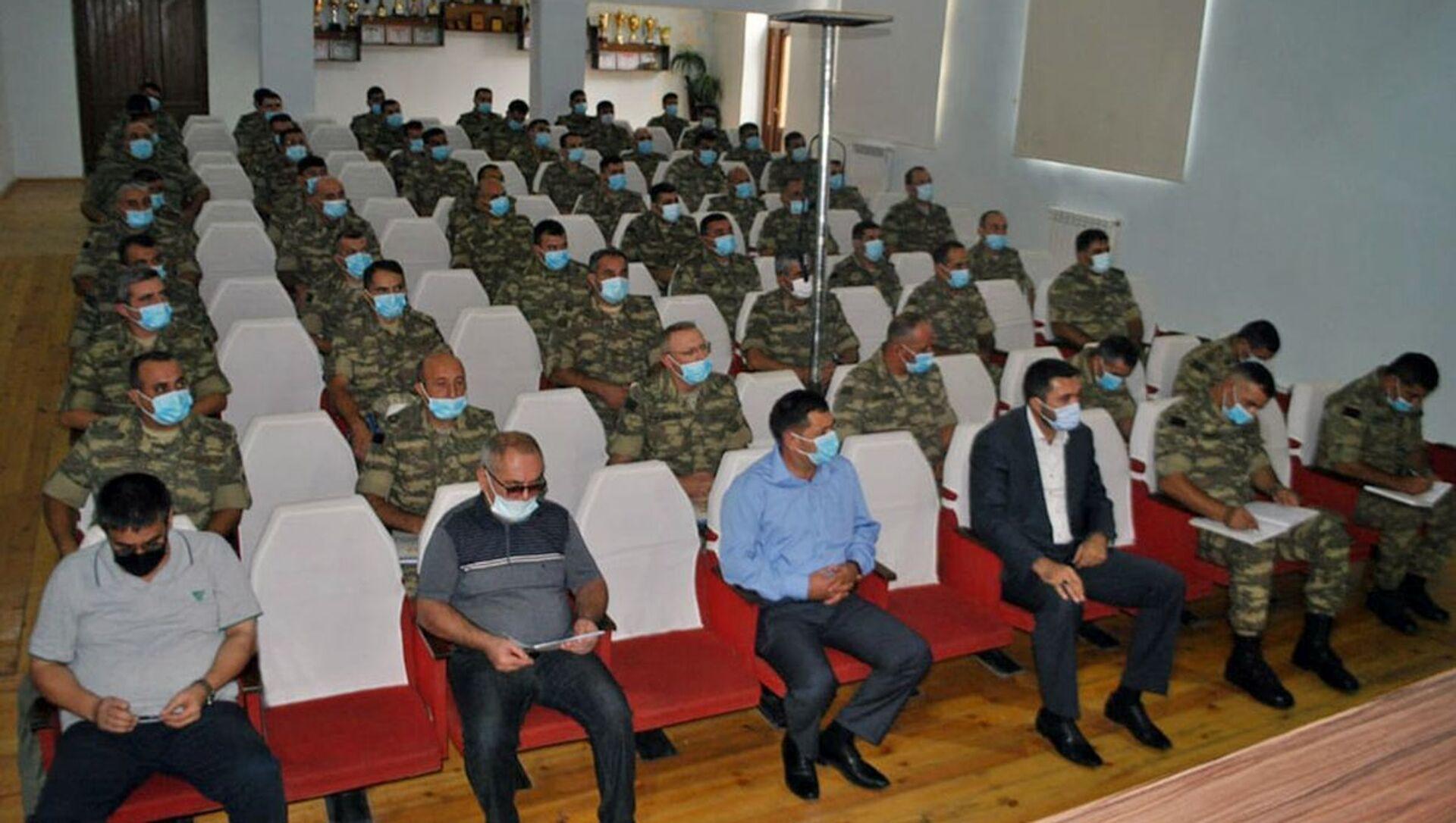 Seminarlar  - Sputnik Azərbaycan, 1920, 04.09.2021