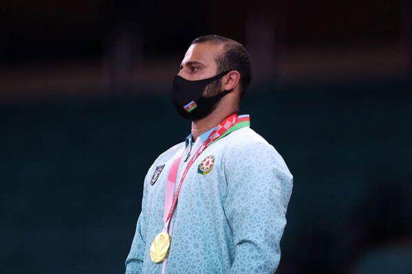 Дзюдоист Гусейн Рагимли (81 килограмм) - победитель летних Паралимпийских игр Токио-2020 (золотая медаль).  - Sputnik Азербайджан