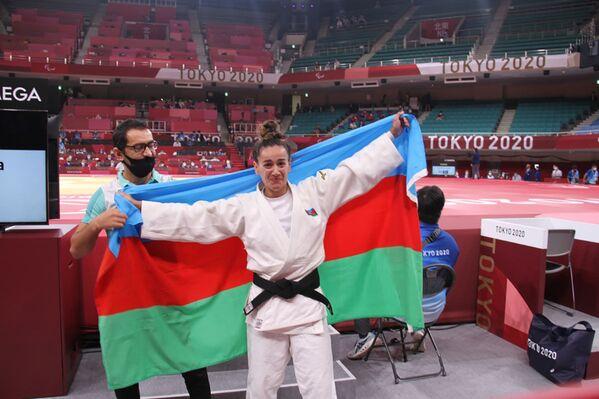 Дзюдоистка Севда Велиева (57 килограммов) - победительница летних Паралимпийских игр Токио-2020 (золотая медаль). - Sputnik Азербайджан