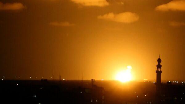 Израиль ответил на атаку ХАМАС  - Sputnik Азербайджан