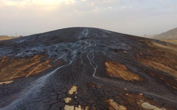 Грязевой вулкан ХыдырЗында - Sputnik Азербайджан