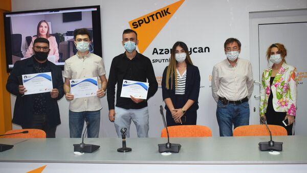 Церемония награждения победителей международного конкурса в мультимедийном пресс-центре Sputnik - Sputnik Азербайджан
