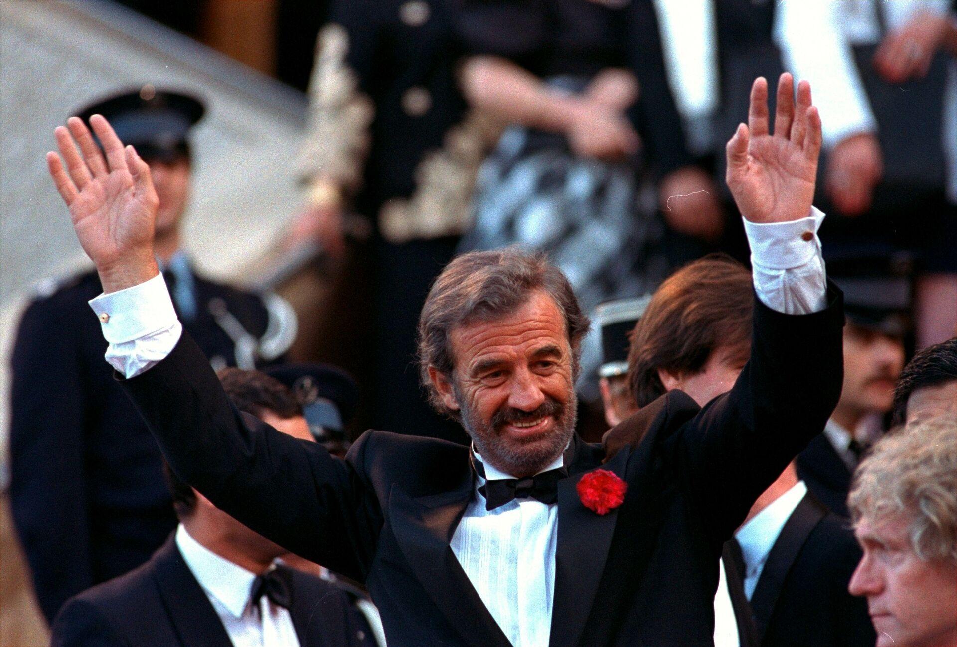 Жан-Поль Бельмондо на Канноском кинофестивале, 1988 год - Sputnik Азербайджан, 1920, 01.10.2021