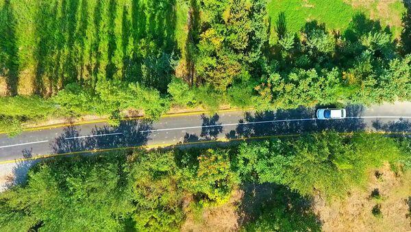Автомобильная дорога в Тертерском районе после реконструкции - Sputnik Азербайджан