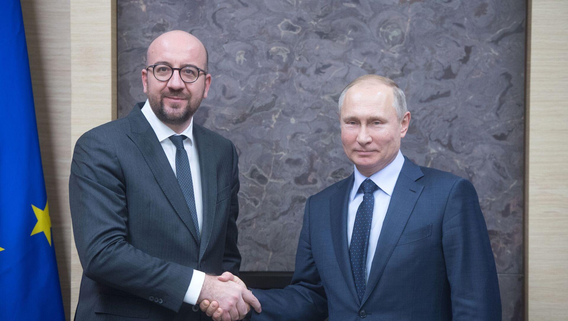 Президент РФ В. Путин встретился с премьер-министром Бельгии Ш. Мишелем - Sputnik Azərbaycan, 1920, 08.09.2021