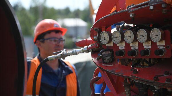Строительство газопровода Северный поток-2 в Ленинградской области - Sputnik Азербайджан