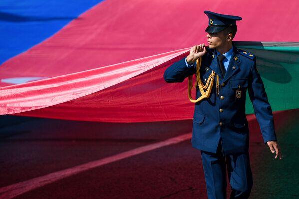 Шествия военнослужащих в связи со 103-й годовщиной освобождения города Кавказской исламской армией. - Sputnik Азербайджан