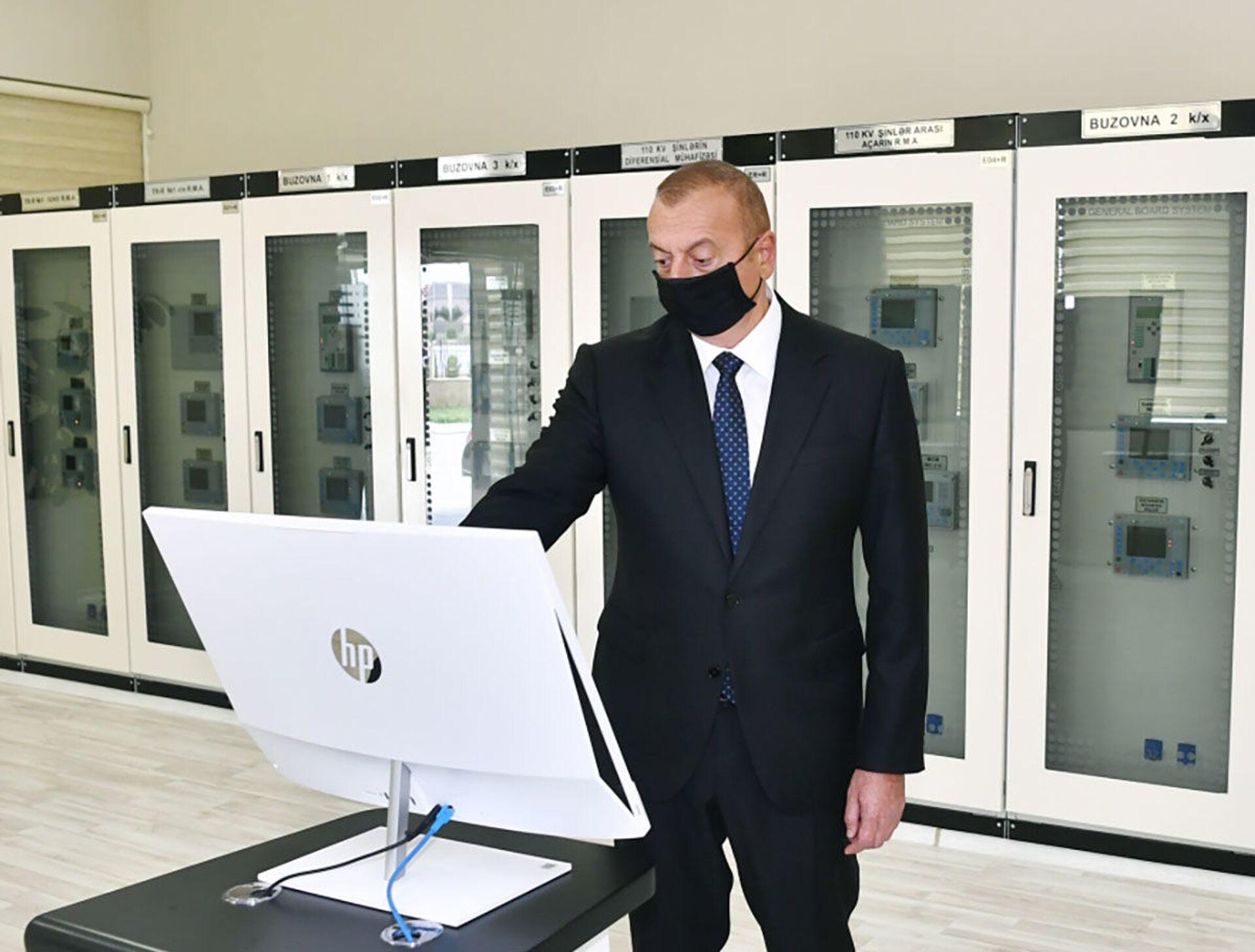Президент Ильхам Алиев принял участие в открытии подстанции Бузовна-1 в Хазарском районе Баку - Sputnik Azərbaycan, 1920, 01.10.2021