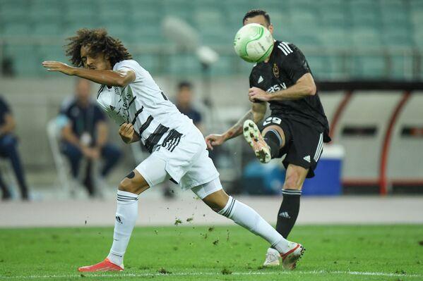 Konferensiya Liqasının qrup mərhələsinin birinci turu çərçivəsində keçirilən Qarabağ - Bazel matçında oyun epizodu. - Sputnik Azərbaycan