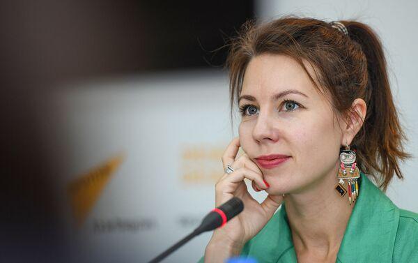 Российская джазовая певица Анна Кашина  - Sputnik Азербайджан