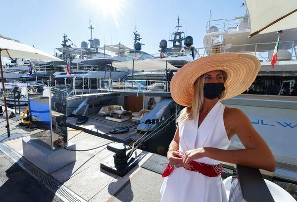 На Monaco Yacht Show ежегодно приезжает более 35 000 гостей со всего мира. - Sputnik Азербайджан