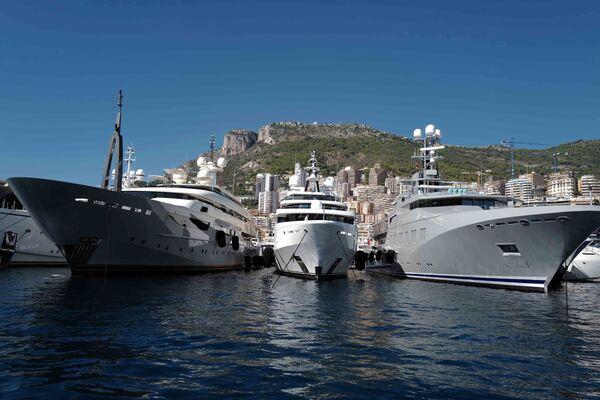 На Monaco Yacht Show будут представлены 500 крупнейших компаний в сфере яхтинга и более сотни супер-яхт. - Sputnik Азербайджан