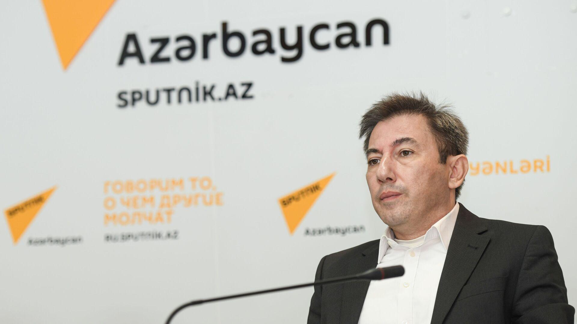 Политолог Ильгар Велизаде - Sputnik Азербайджан, 1920, 05.10.2021