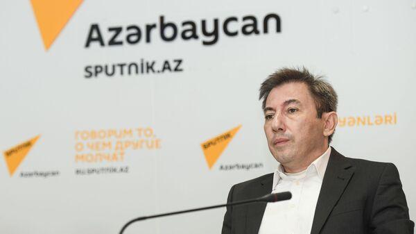 Политолог Ильгар Велизаде - Sputnik Азербайджан