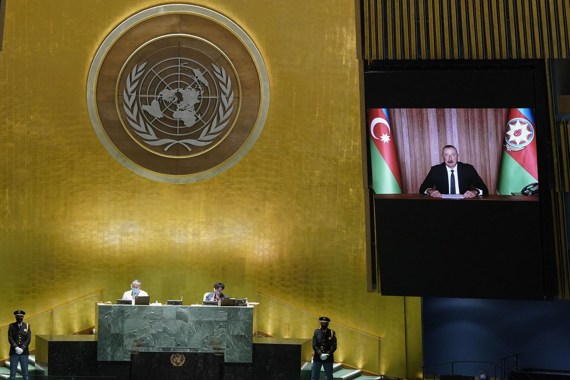 Prezident İlham Əliyev BMT Baş Assambleyasının 76-cı sessiyasının illik ümumi müzakirələrində çıxışı zamanı - Sputnik Азербайджан, 1920, 01.10.2021