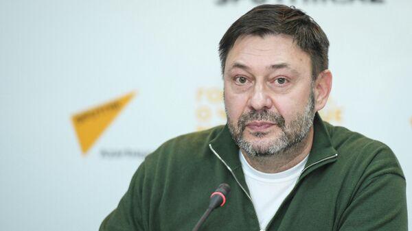 Исполнительный директор медиагруппы Россия сегодня Кирилл Вышинский  - Sputnik Азербайджан