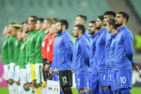 Сборная Азербайджана по футболу потерпела очередное крупное поражение в отборочном этапе ЧМ-2022 - Sputnik Азербайджан