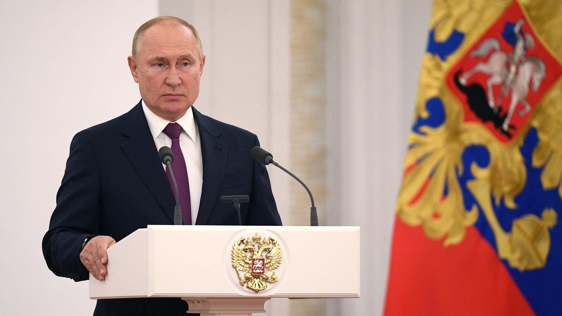 Rusiya Prezidenti Vladimir Putin, arxiv şəkli - Sputnik Azərbaycan, 1920, 13.10.2021