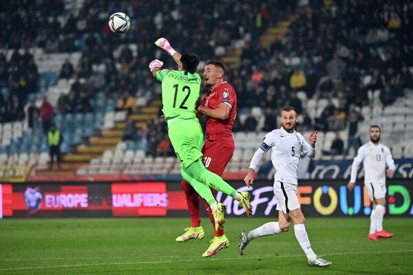 Lakin 53-cü dəqiqədə dubl edən Duşan Vlahoviç komandasını hesabda önə çıxarıb: 3:1. - Sputnik Azərbaycan