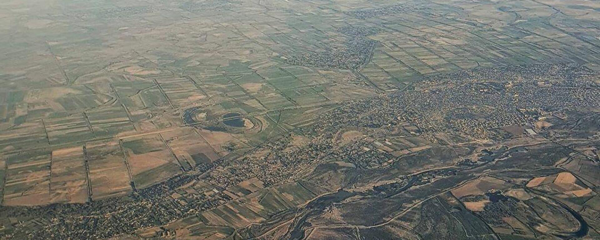 Карабах  с высоты птичьего потела - Sputnik Азербайджан, 1920, 14.10.2021