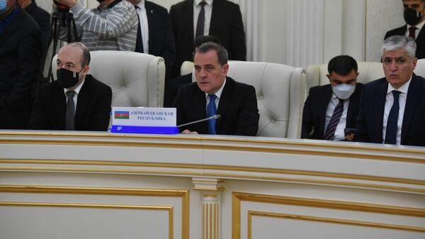 Министр иностранных дел Азербайджана Джейхун Байрамов во время заседания Совета министров иностранных дел СНГ - Sputnik Azərbaycan