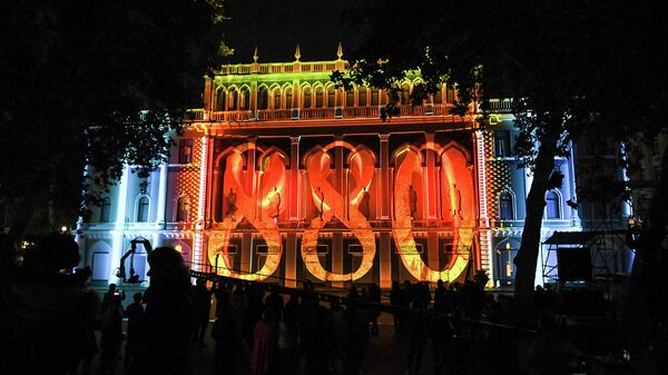 Фестиваль света. Низами Гянджеви в Баку - Sputnik Азербайджан