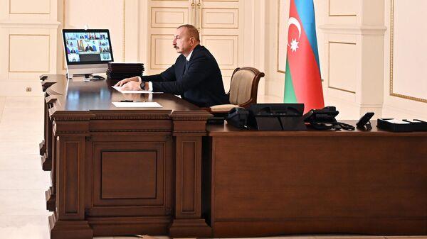 Президент Ильхам Алиев во время выступления на заседании Совета глав государств СНГ - Sputnik Азербайджан